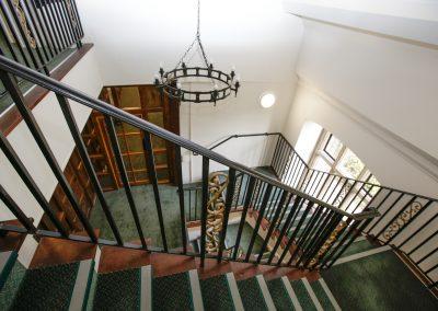 Main Stairs 2-1st Fl (b)